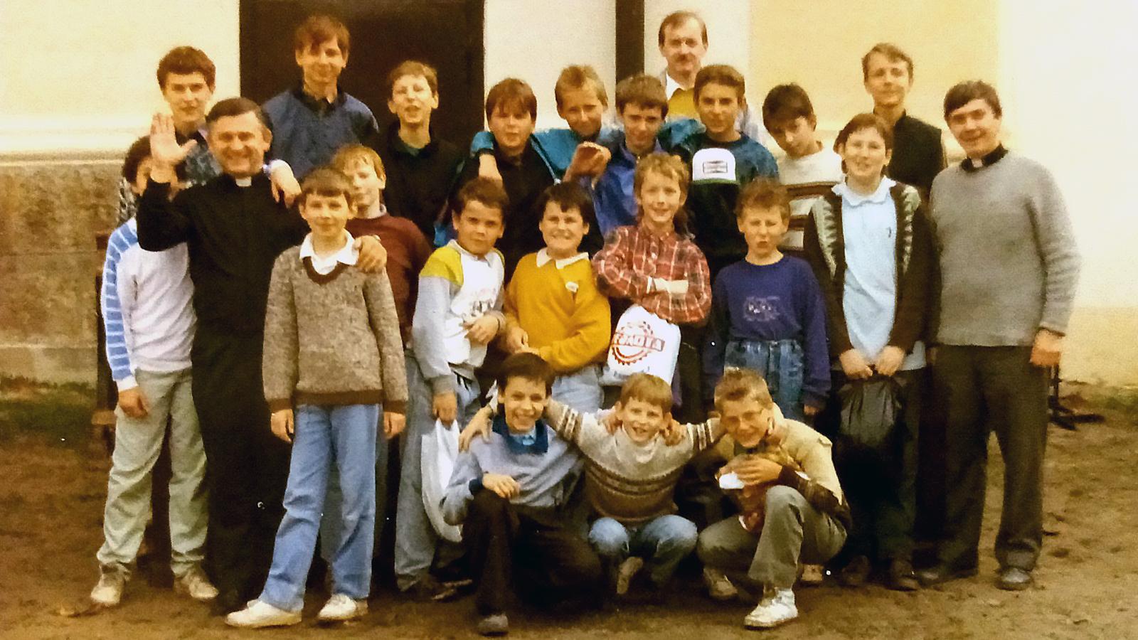 1990 Príchod Saleziánov do Banskej Bystrice