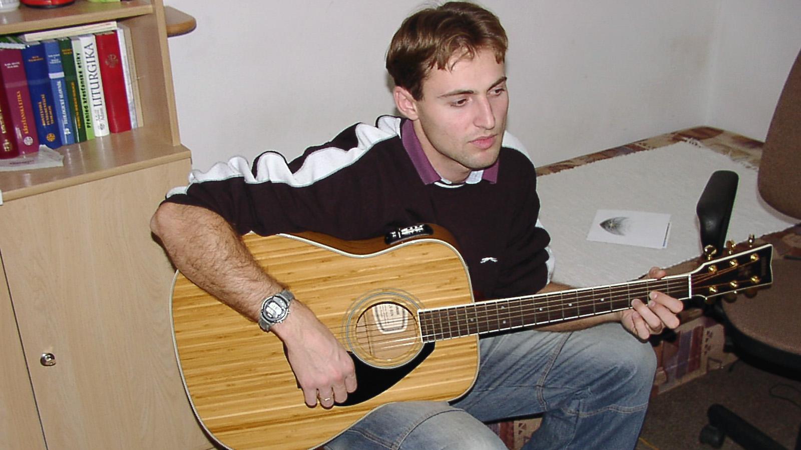 2004 Do komunity prichádza koadjútor Radovan Rumanovič